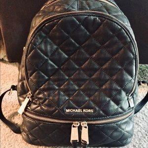 MICHAEL KORS Medium Rhea Quilted Backpack